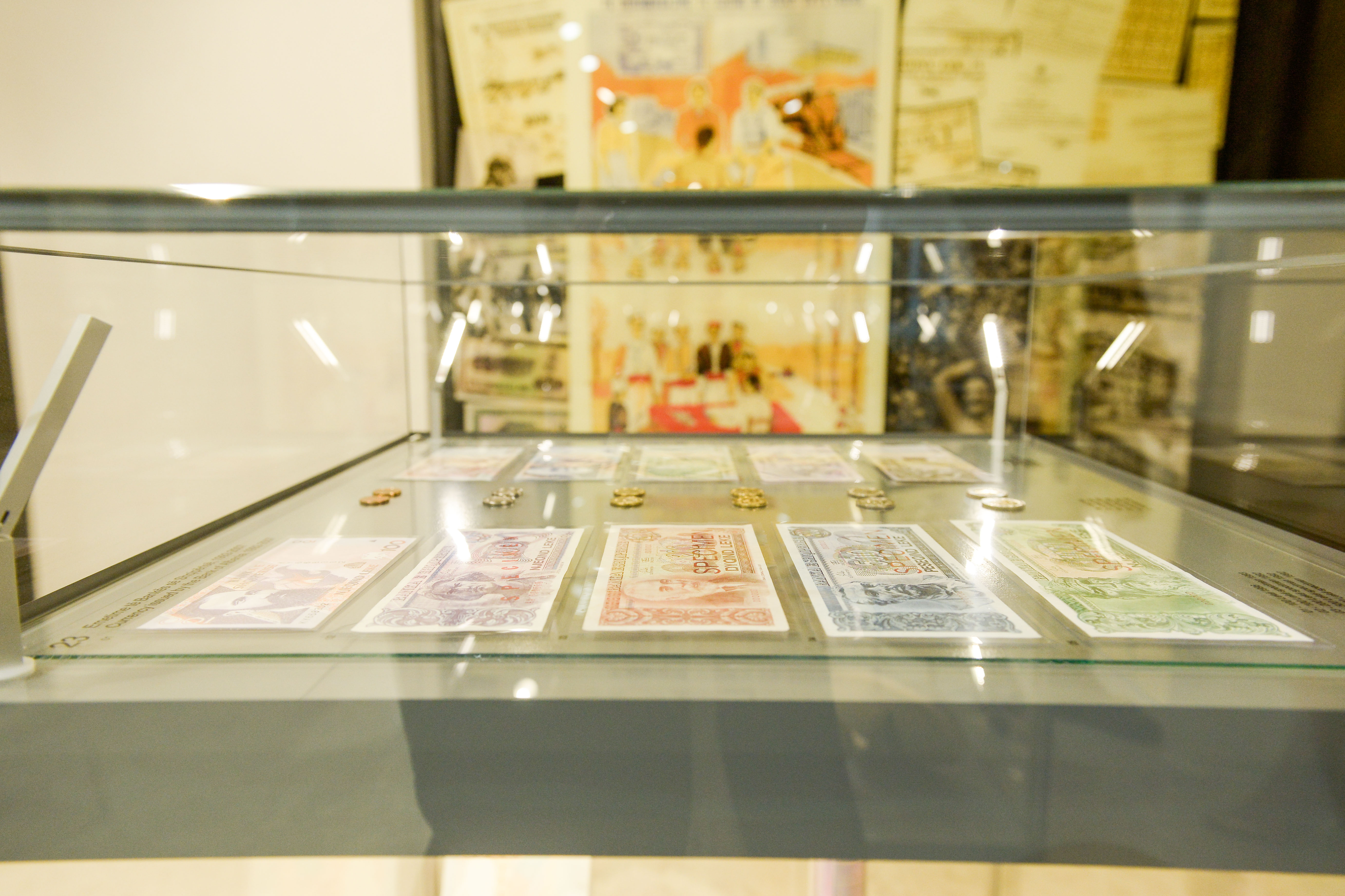 Banknotes' collection